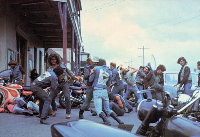 【上映&初BD&DVD化決定】オーストラリア映画の記念碑的暴走族映画『マッドストーン』